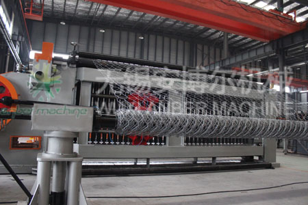 Gabion mesh making machine (back view)