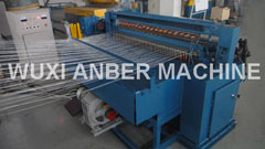 Fine and light welded wire mesh machine