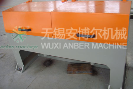 Mechanical wire descaling machine
